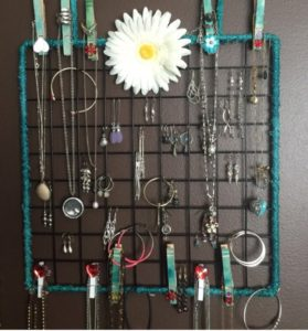 DIY jewelry organizer wall