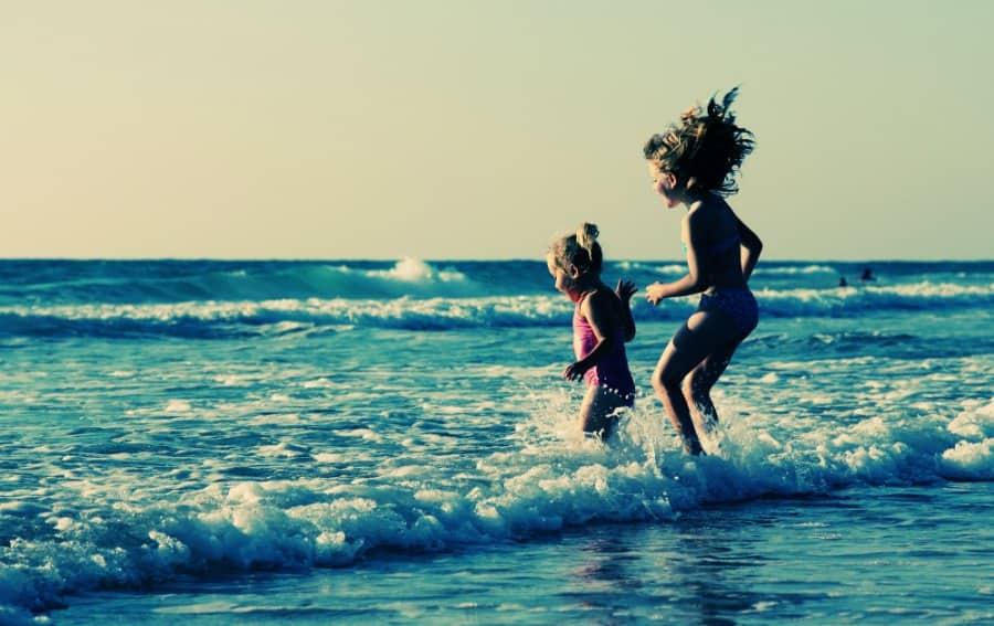 capturing memories of kids