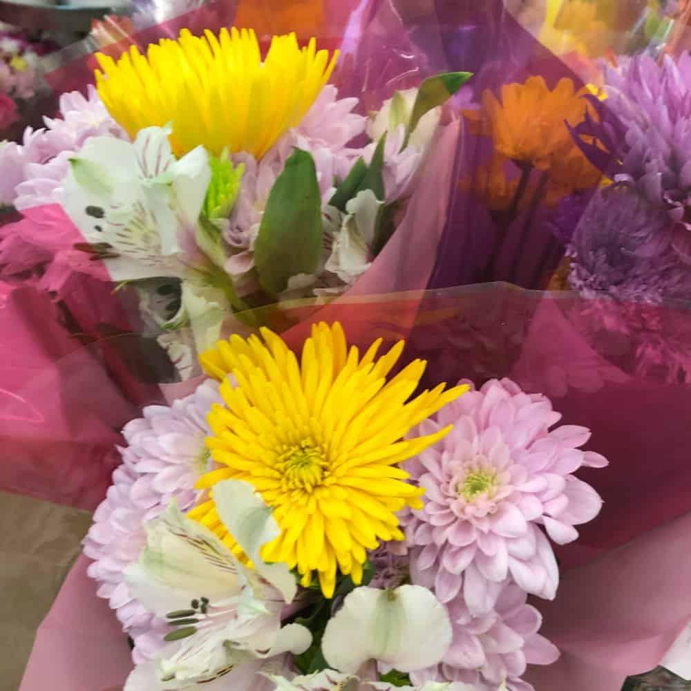 flowers random act of kindness
